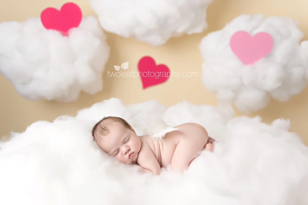 bergen-county-top-newborn-photographer-angel-clouds